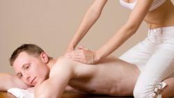 masseuse gezocht om massages te geven